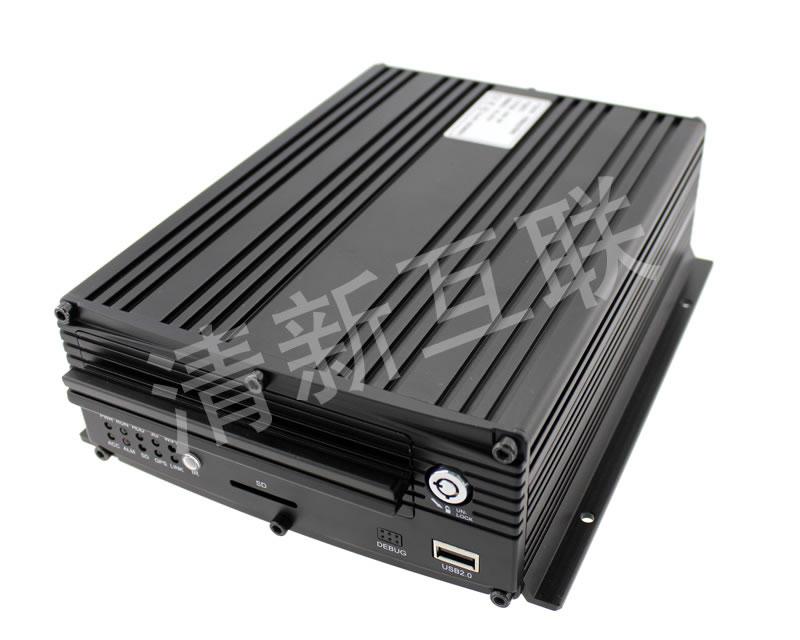 4G车载混合硬盘录像机