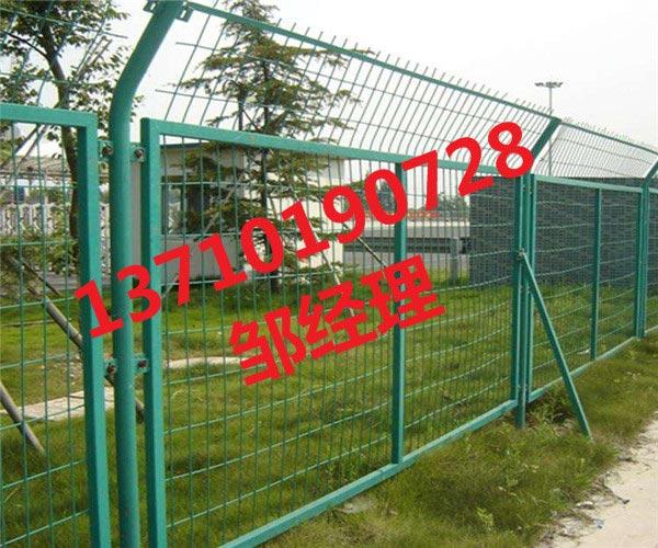 江门框架护栏网图片 广东双边丝围栏网 茂名道路防护网供应
