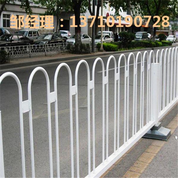 琼海车道白色护栏批发 澄迈人行道防护栏 海口中央栏杆热销