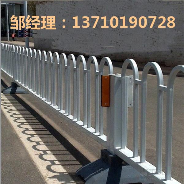 海南路中隔离栏订做 海口市政栏杆热销 琼海道路防护栏厂家