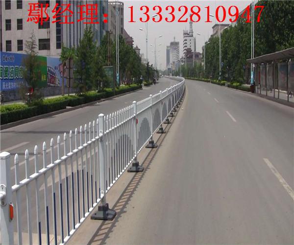 广州中央隔离栏现货 珠海镀锌钢管围栏 中山交通护栏热销