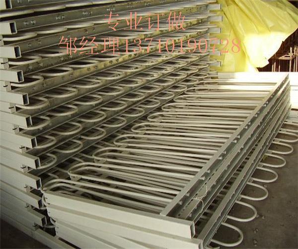 贺州公路栏杆厂家 桂林市政围栏订做 广西路中隔离栏批发