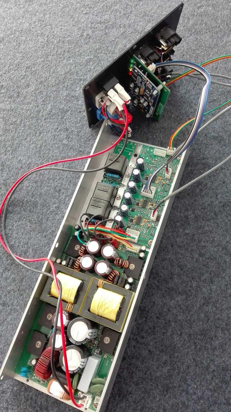 线阵音箱DSP有源功放模块8欧2x800W可全频可低音频点任设开关电源