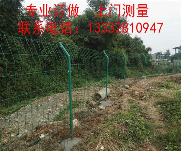 河源农场围栏网现货 中山河流防护网 清远浸塑隔离网图片