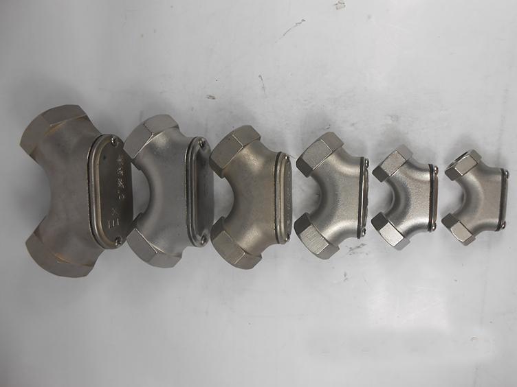 90°弯通DN32铝合金材质防爆穿线盒